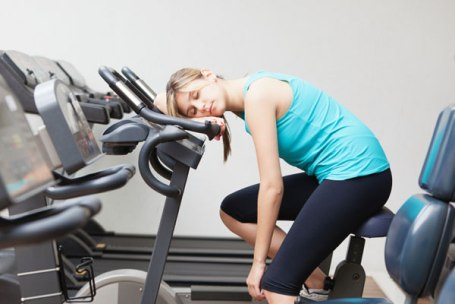 7_signs_youre_overtraining1